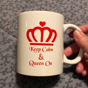 Liquid Logic KEEP CALM & Queen ON coffee mug